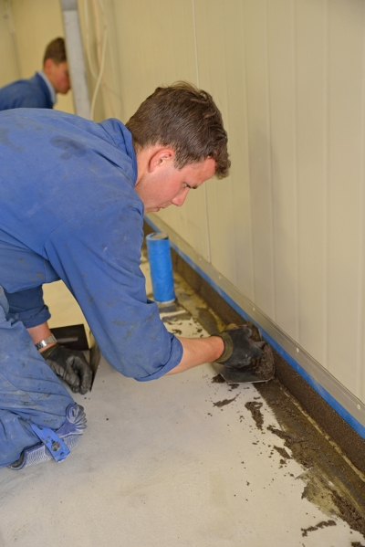 Installing concrete sealant